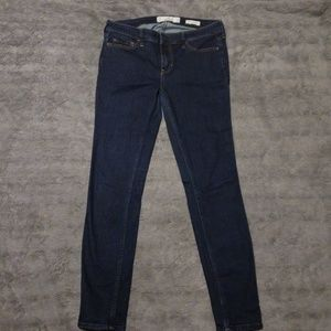 Hollister Low Rise Super Skinny Jeans size 7S